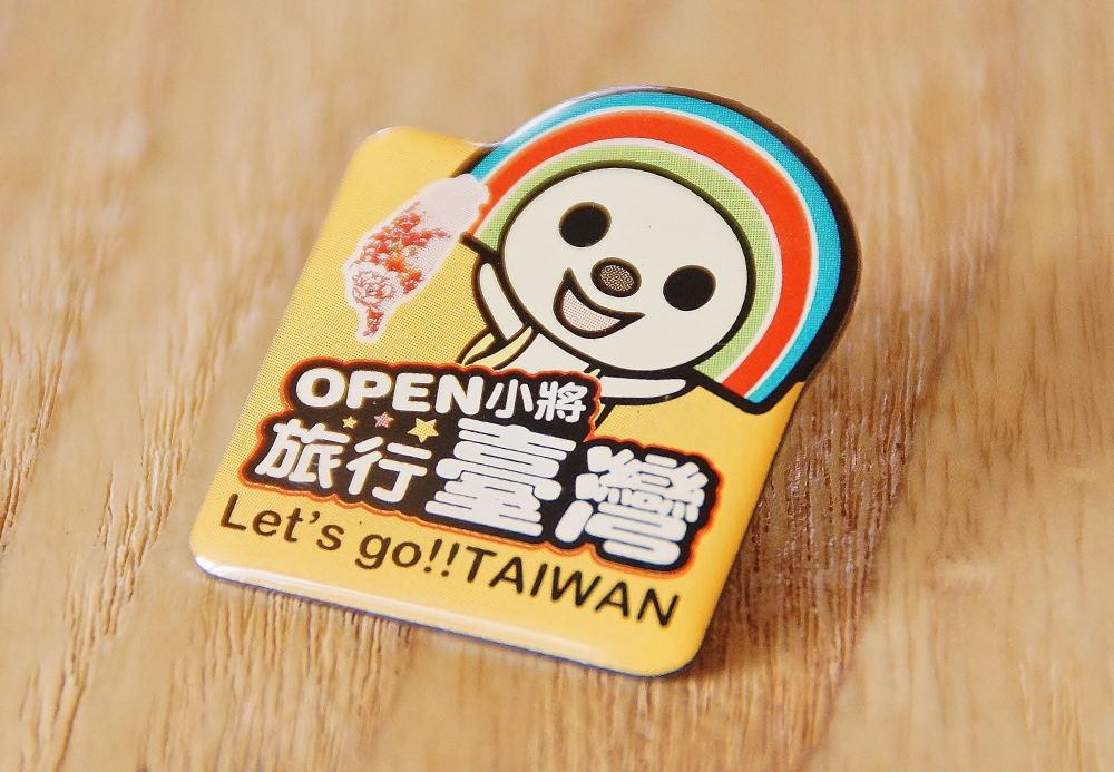 台湾コンビニ OPENちゃんグッズ ピンバッジ